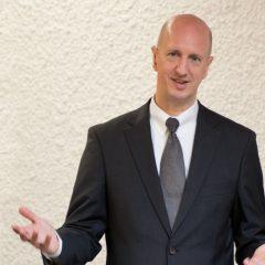 Frank Willenbücher als Trauerredner