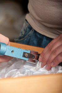 Fototermin im Hause Willenbücher: Sargausschlag ist Handwerk