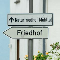 Wegweiser Naturfriedhof Mühltal