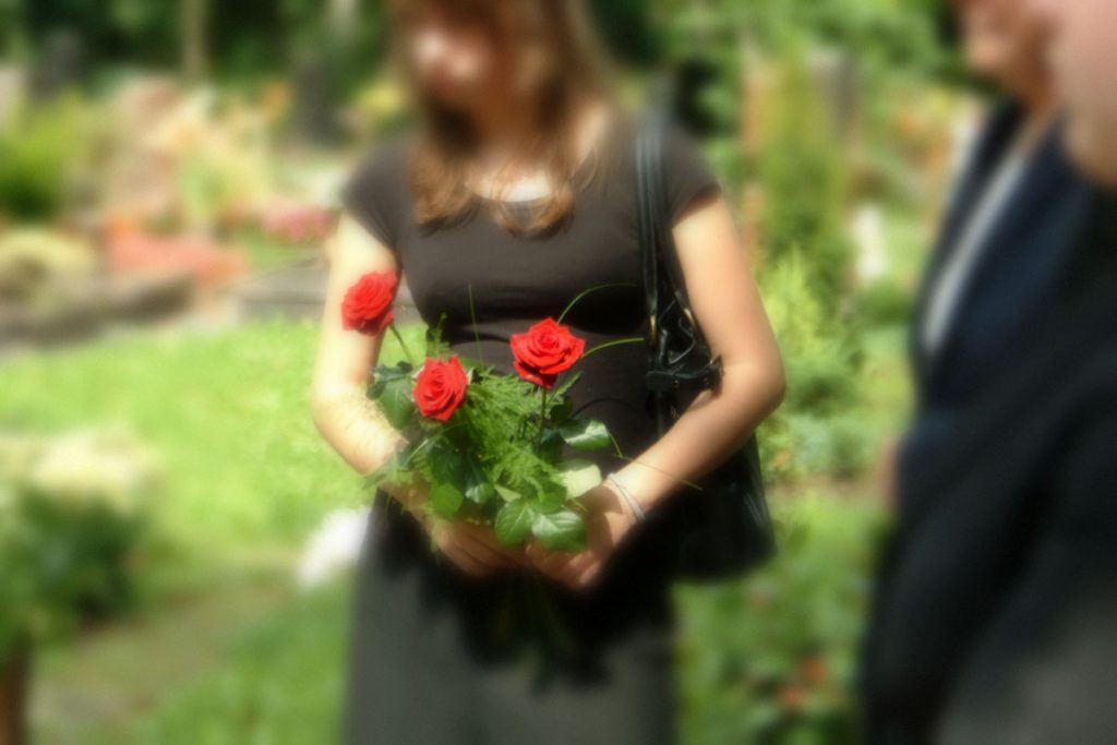 Beileid wünschen | Willenbücher Bestattungen
